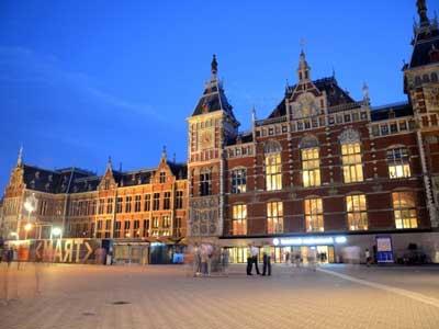 Alojarse en Amsterdam cerca de la Estación Central